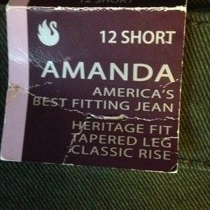 Gloria Vanderbilt Jeans - NWT Gloria Vanderbilt Amanda green jeans 12P